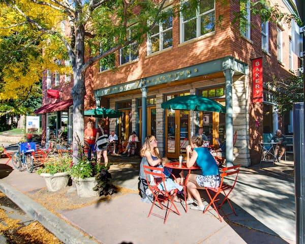 WEST PEARL NEIGHBORHOOD - Boulder - Condomínio