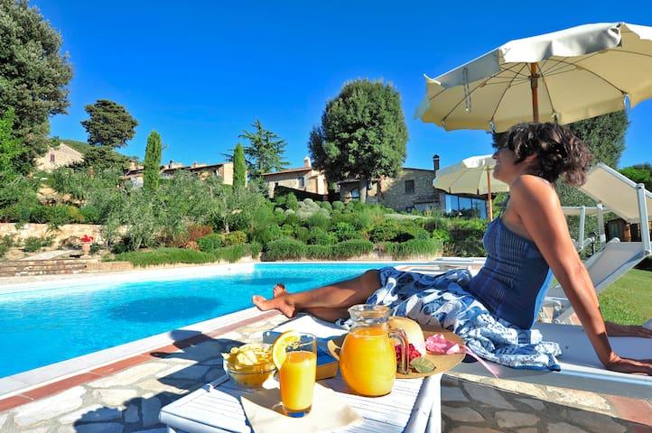 appartamamento in antico casale  - Montaione - Apartment