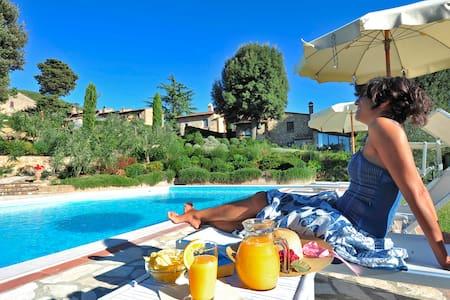 appartamamento in antico casale  - Montaione
