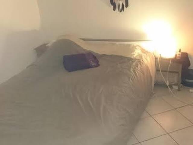 Appartement 40m2 dans centre ville de Toulon - Toulon - Apartment