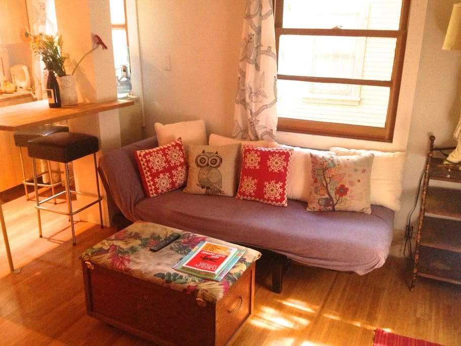 Studio In the Heart of Silverlake!