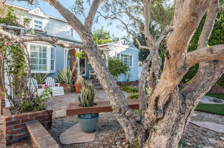 Hill Top Retreat Home Above Ocean!  - Playa del Rey - House