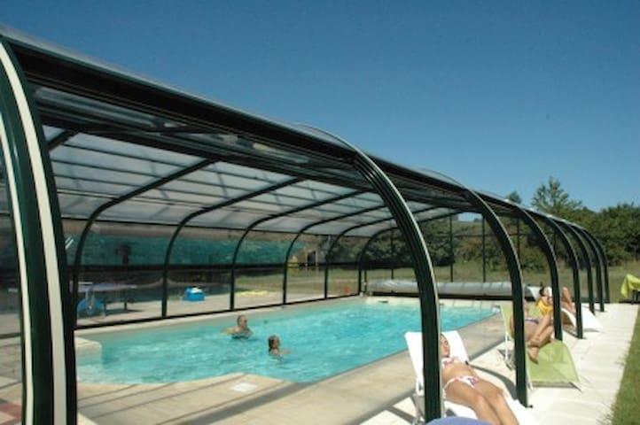 Ferienhaus mit privatem überdachtem beheiztem Pool