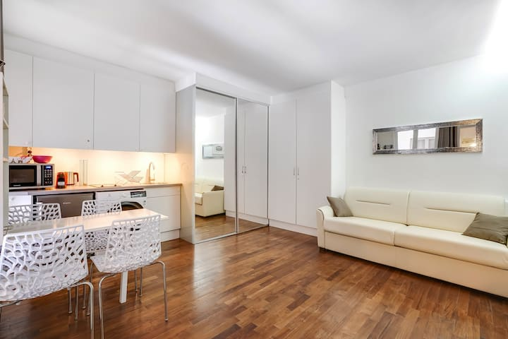 Superbe studio St Germain des Prés centre de Paris