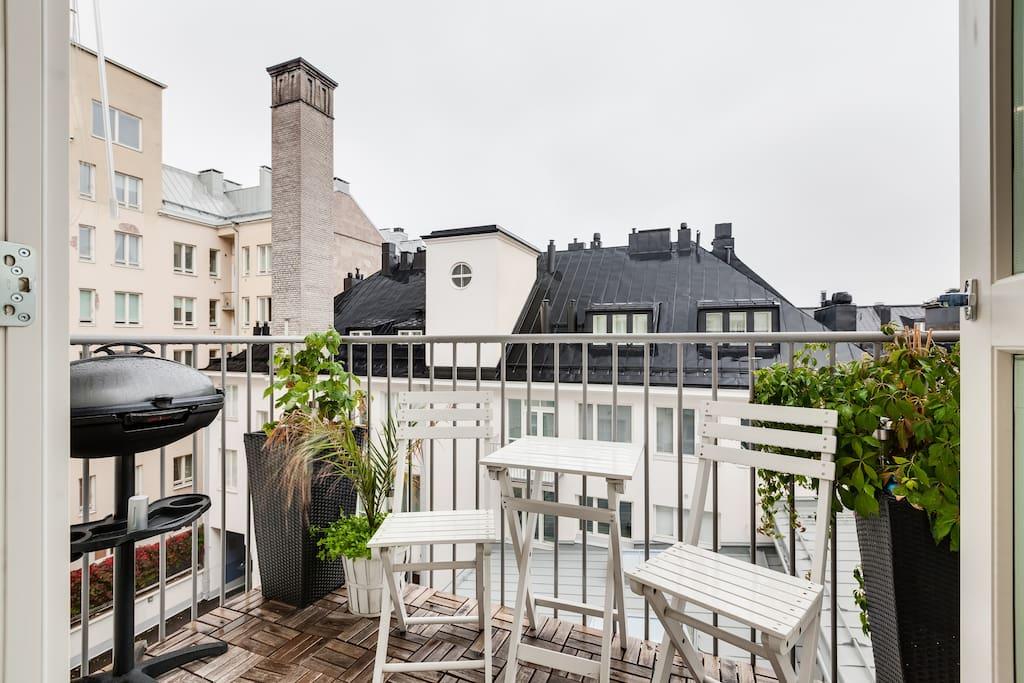 Modern city apartment with a balcony appartamenti in - Asciugatrice in balcone ...