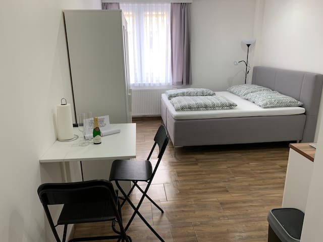 ☆ Vienna Studio Apartment ☆
