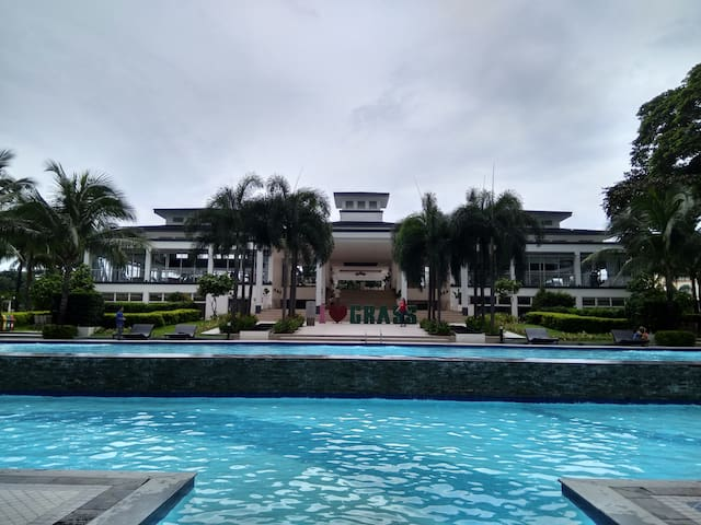 CONDO 2BR/4Beds, FULLY Furnished 47 Sqm/38F