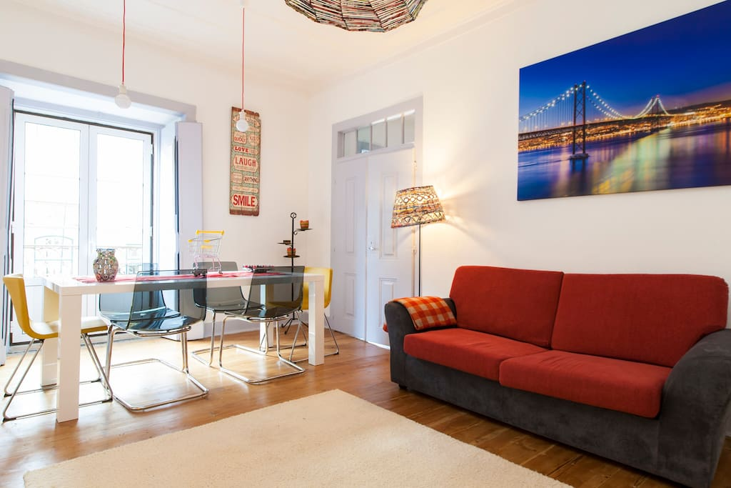 maison dans pr ncipe real le bairro alto appartements louer lisbonne lisbonne portugal. Black Bedroom Furniture Sets. Home Design Ideas