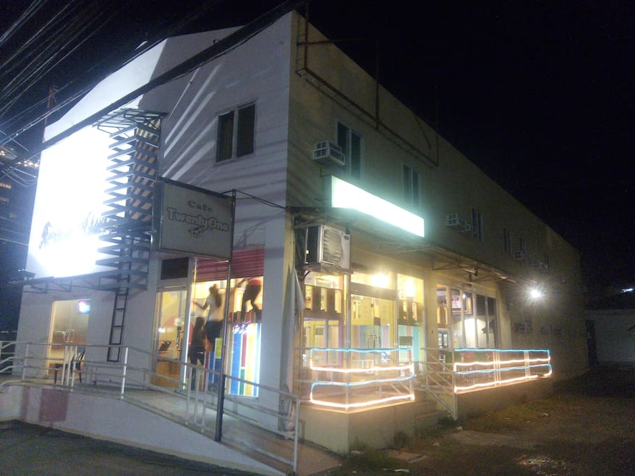 FRONT VIEW BARYO CAFE RESTAURANT