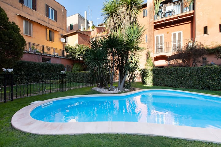 Apartment with pool in Trastevere