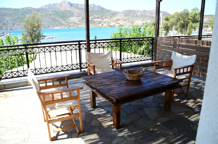 Monemvasia-Plitra House, close to amazing beaches