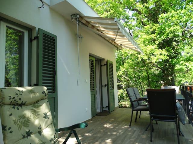 Mediterrán hangulat a Káptalanfüredi dombon - Balatonalmádi - Casa de vacances
