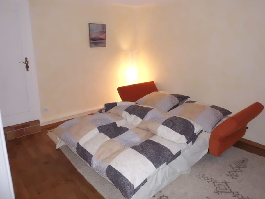 Wohnzimmer, Doppelbett