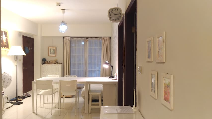 Near NCCU,MRT&Park, Mucha Old House 2F