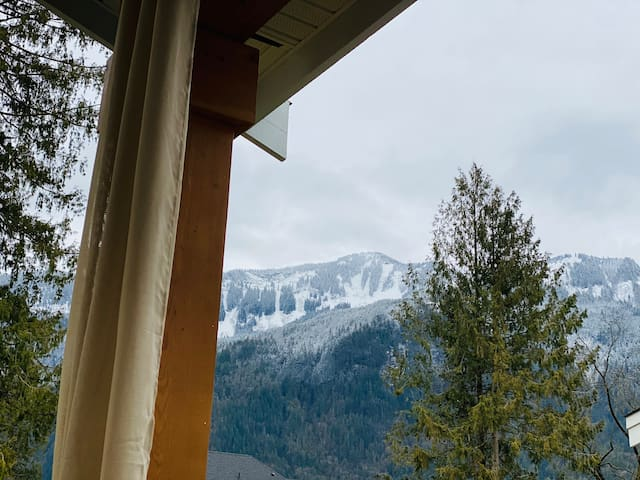Suite with a view - Mountains,  Falls &Hot Springs