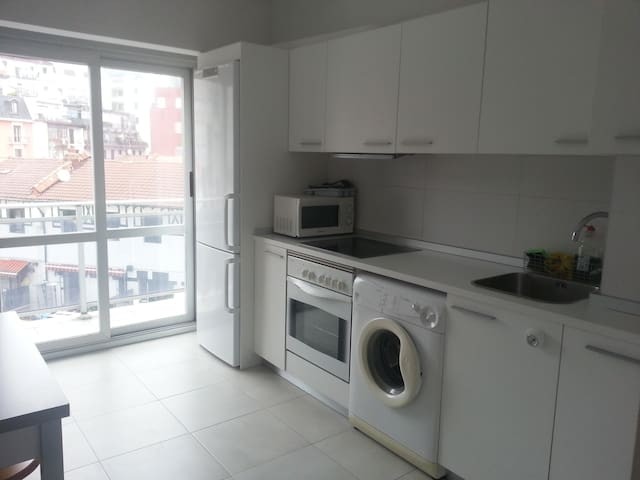 Piso en el barrio del Antiguo - San Sebastián - Appartamento