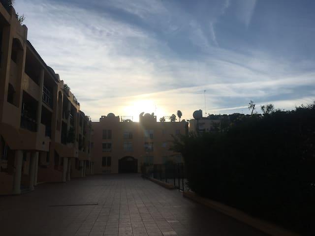Lujoso duplex con 4 dormitorios. - San Juan de Aznalfarache - Dům