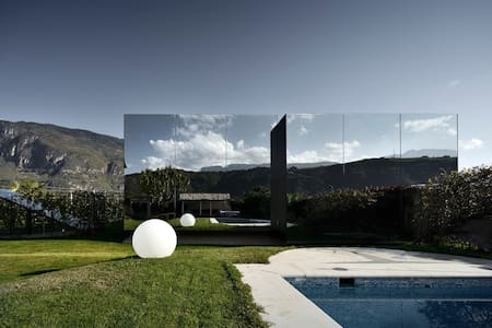 Mirror House North - Bolzano