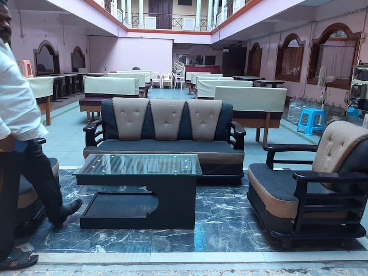 Hotel Jayashree dolphin grand