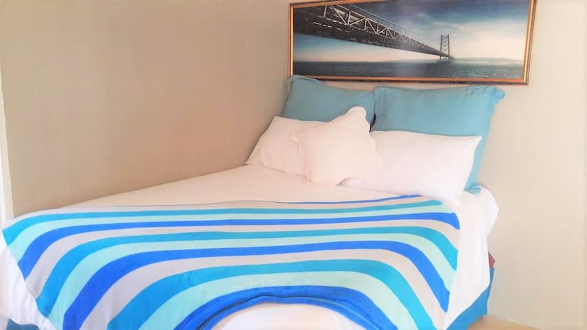 Double Room For You in New Bed and Breakfast