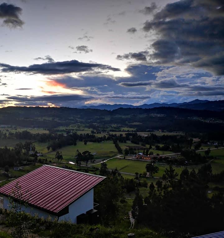 Cabaña Biosostenible en la Montaña