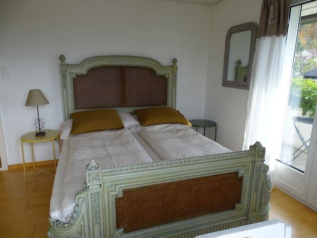 CASTLE: mit dem Bett für den König und die Königin
