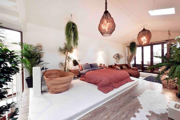 2nd floor livingroom (40 metersquare)