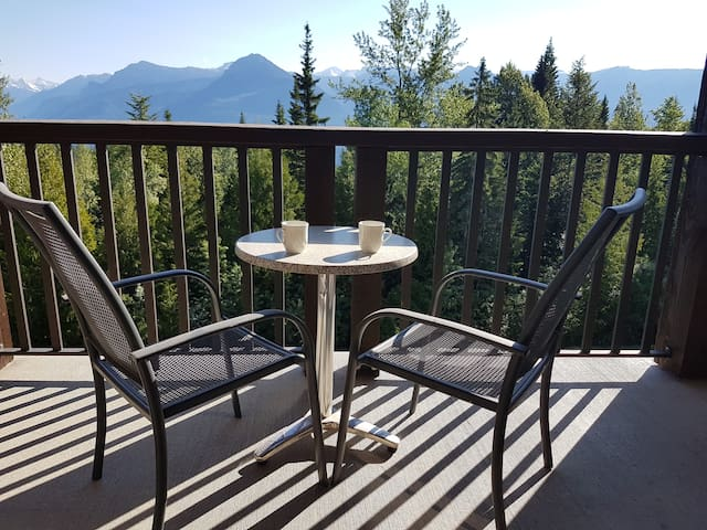 Mountain side with epic views, Palliser Lodge