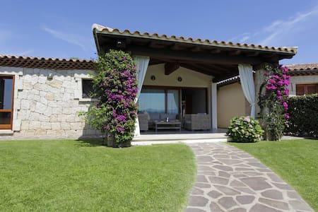 Villa Kot few step to the beach - Salina Bamba