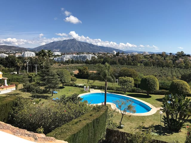 Spacious Newly Refurbished House - Monte Biarritz - Estepona - House