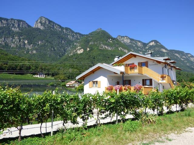Kristallhof- Ihr Urlaubsdomizil im Süden Südtirols