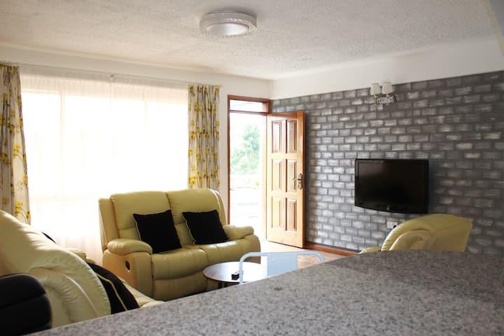 Estelle Apartment 2Bedrooms units all En-suite.