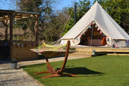 GIen Farm Fishing & Glamping - Metton - Tipi
