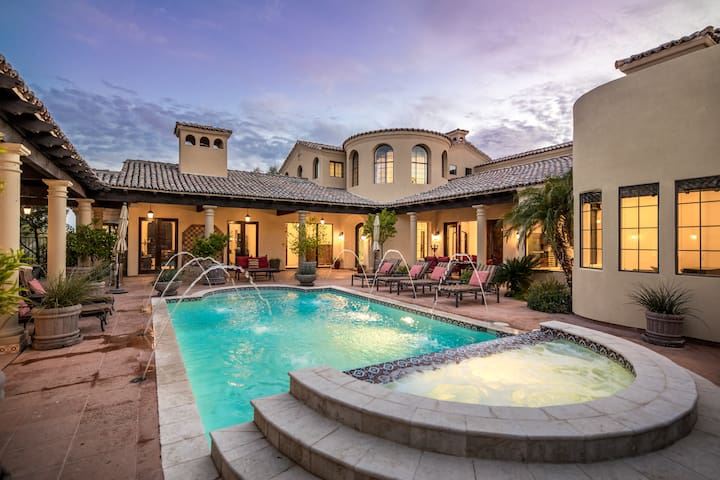 Your Own Private Resort! Luxury Home by Troon Golf