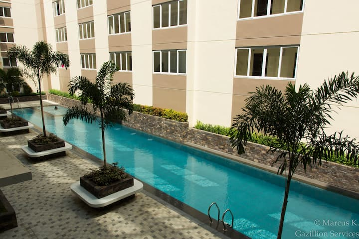 "357 Furnished Studio, 55""Netflix, SantaRosa Nuvali"