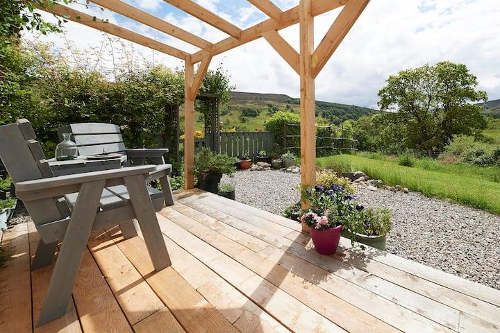 Scottish Highlands - Tranquil & Cosy Rural Cottage