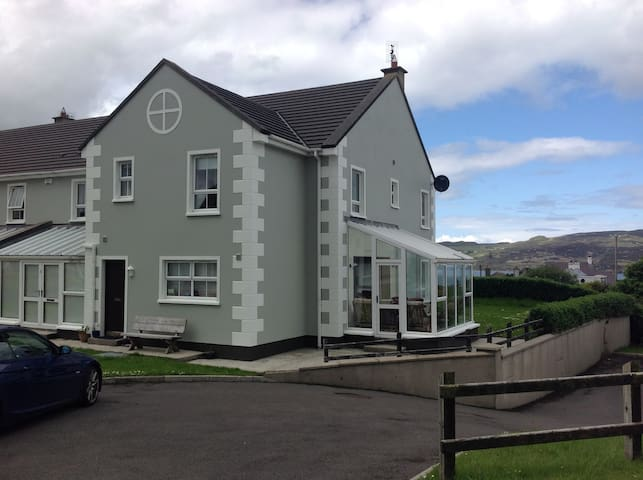 Beautiful holiday home -  sea views - Dunfanaghy - Huis