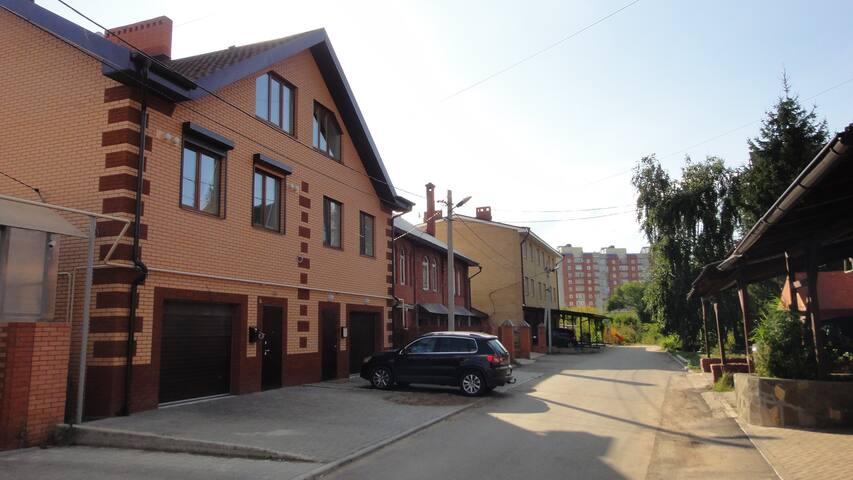 Дом  в Центре города  8+10 (район ул. Вишневского)
