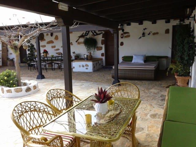 Casa Abuelo Rafael - Puerto del Rosario - Casa