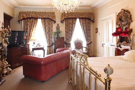 LUXURIOUS DOUBLE ROOM - Moy - Bed & Breakfast