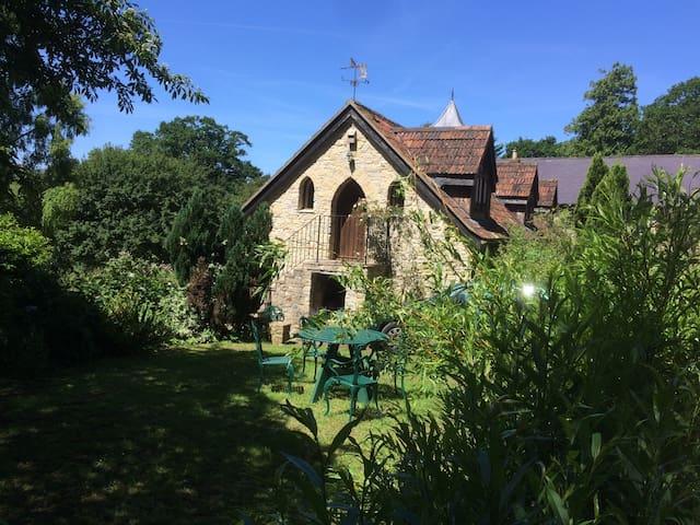 Battleford Hall Cottage (3 bed) Axminster/Lyme