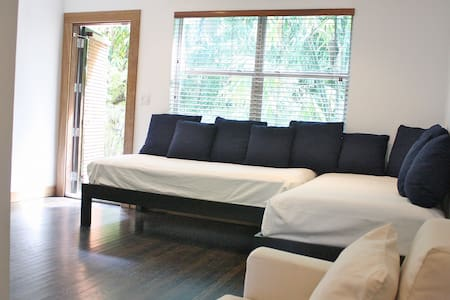 3BR Apart in SoBe, sleeps 12 - Miami Beach - Wohnung