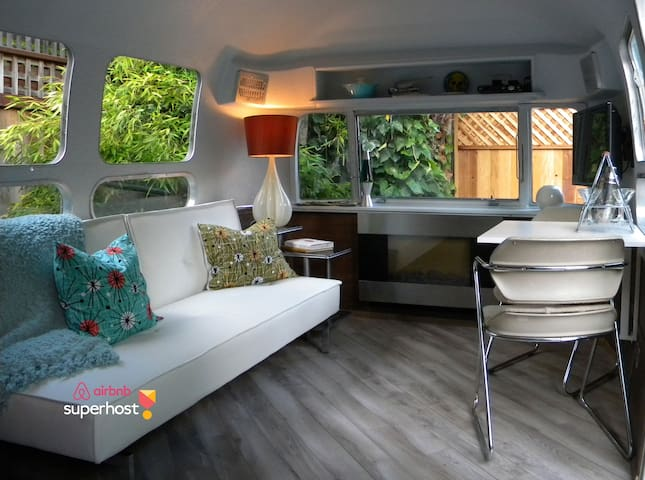 Private Retro/Modern Airstream - Mill Valley