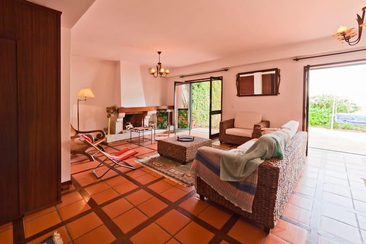 T0 + room for beach holidays - Vila Nova de Gaia - House