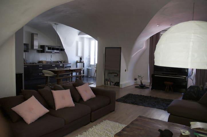 Maison de village 240 m2 et piscine - Villeneuve-de-Berg