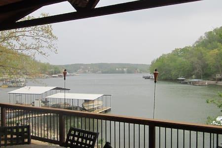 Lake Escape - Camdenton
