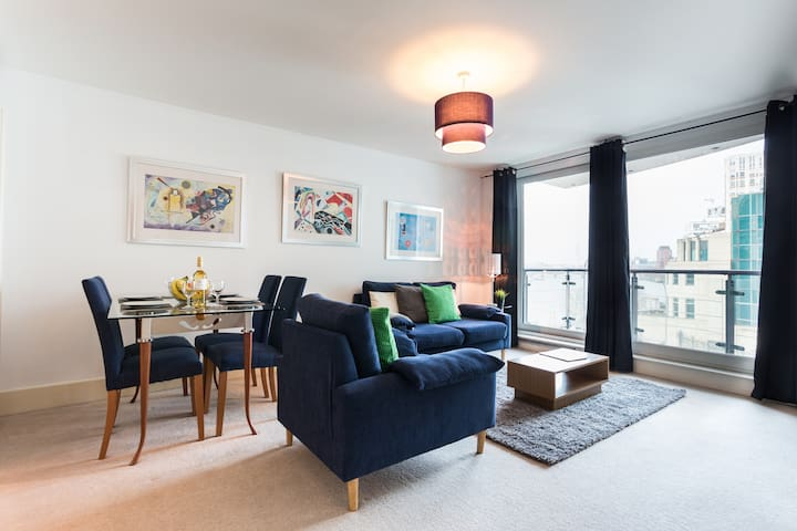 01 BR Apartment in Vauxhall London