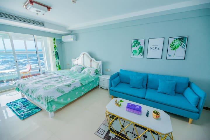 海景星辰2_3人绿叶风情精品一线海景大床房