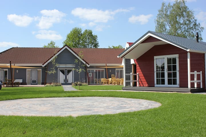 Recreatiepark de Bijsselse Enk, Noors chalet 1
