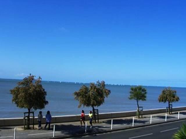 T3 très lumineux La Rochelle, superbe vue mer